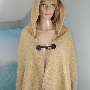 D&Y hooded scarf with fringe
